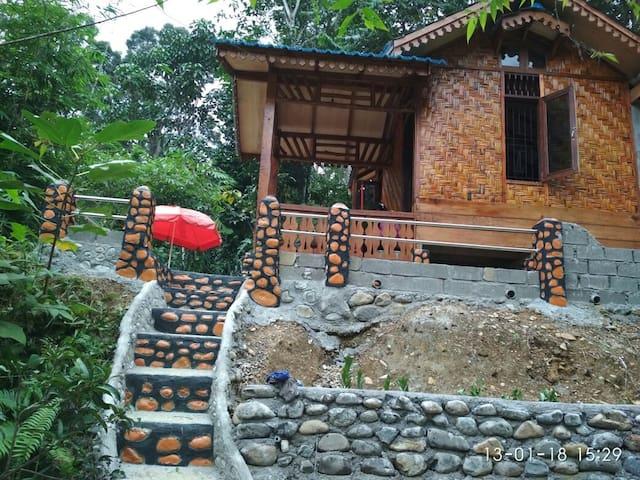Namo Samsah Guesthouse (private bungalow)