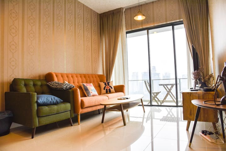 Stylish 2 Bedroom with Stunning View on KLCC B14