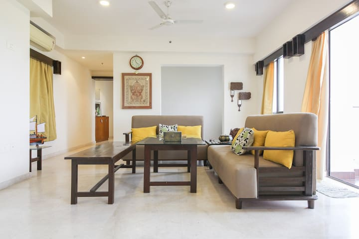 Three bedroom Spacious Apartment | New Town - New Town - Apartment