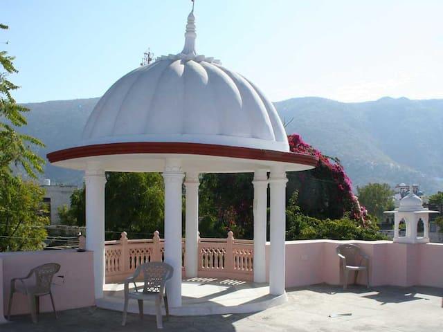 Pushkar Rooms ( Ram Kuti ) - Pushkar - Gæstehus
