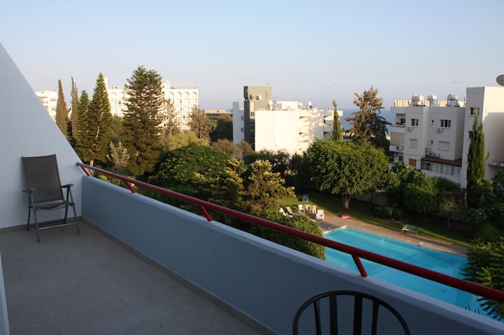Two bedroom apartment in touristic area of Limasol - Agios Tychon