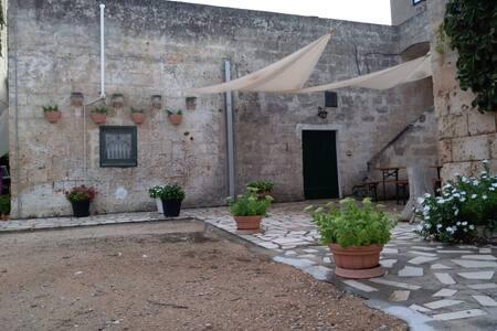 Bella casa 250mq indipendente in Ha di BioMasseria