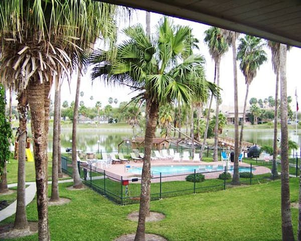 1 b/r condo at fort brown, Brownsville /Timeshare - Brownsville
