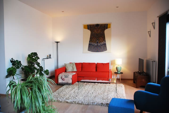 Cool apartment in downtown Antwerp FREE PARKING