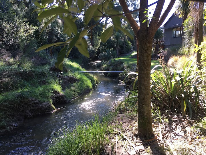 Paradise Homestay on the trout stream