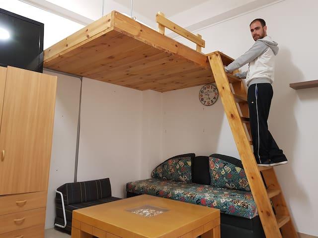 Comfortable studio appartment - near the Technion.