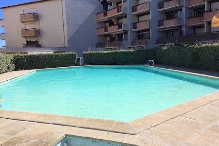 Bonito estudio con acceso piscina