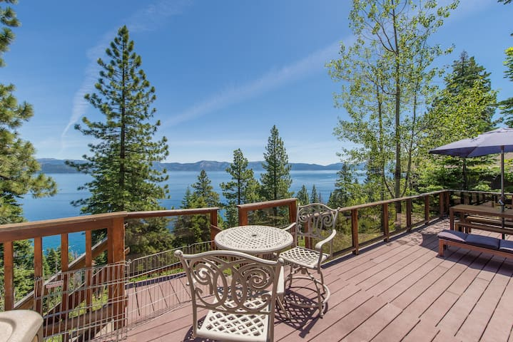Super Tahoe Views  in charming Dollar Point Cabin