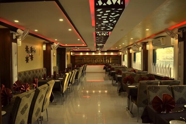 Ashoka Residency Hotel : Meera Suite