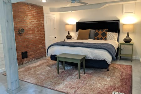 Luxury rental downtown Morganton