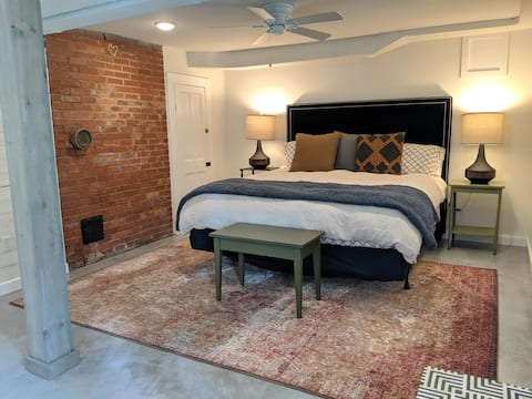 Luxury rental downtown Morganton