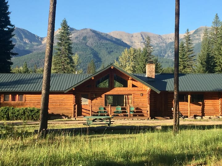 Swan Valley Log Cabin with Stunning Mountain Views