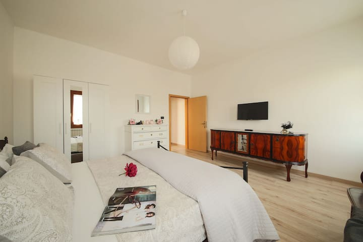 Spacieux et calme appartement à coté de Venise