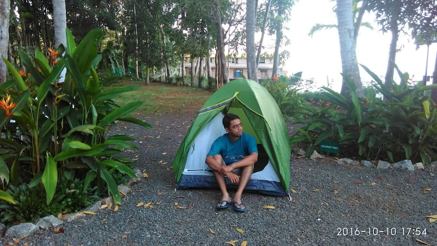 Lake Facing Tent stay with B&B