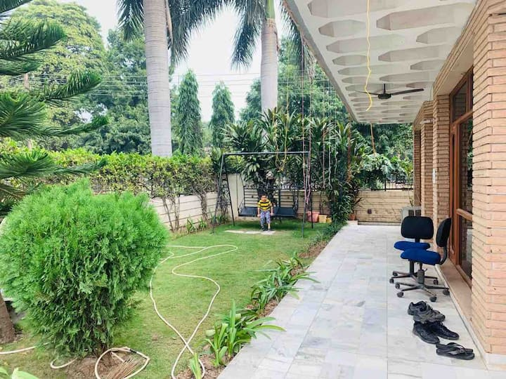Garden view Facing Independent Room private