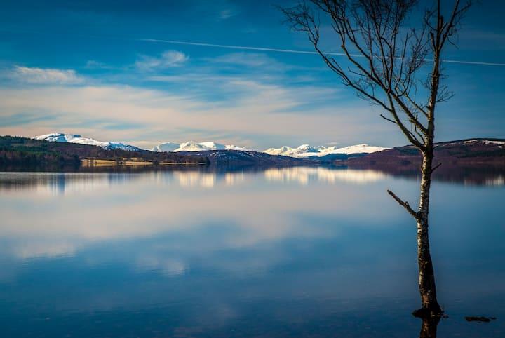 Loch Rannoch Highland Club, Lochside Lodge 7
