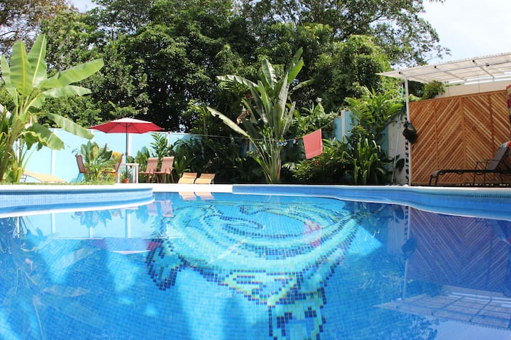 2 loft apartments, Pools/Jungle/Close to Beach!
