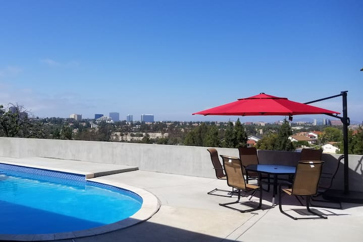 Location, Pool and View - All-in-One!