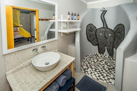 Triple Room - Etosha Safari Camp