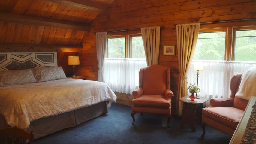 Sheffield Lodge - Ramblewood Master