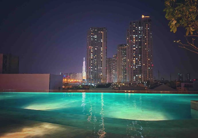 Gorgeous Apartment with city view pool @ Thao Dien