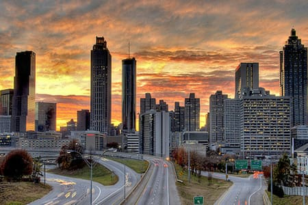 Luxury Midtown Atlanta w/ Parking - Atlanta