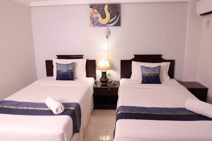 Standard Twin Room Nealy Bangla Street