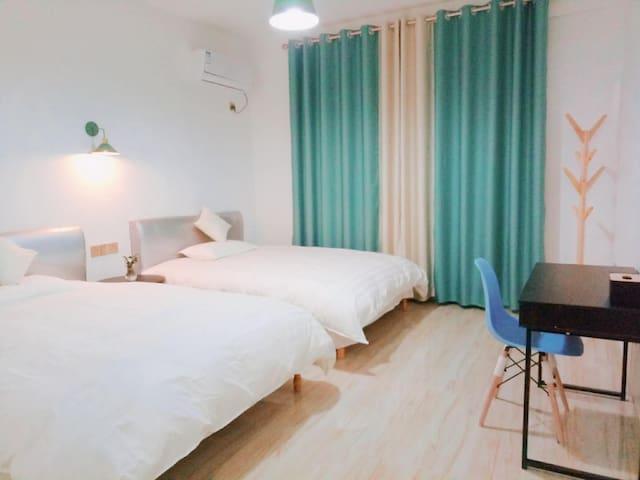 霞浦北岐摄影基地右见海北欧现代双床房