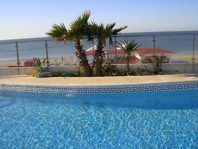 Magnifico apartament en primerísima linea de playa - Illa Cristina