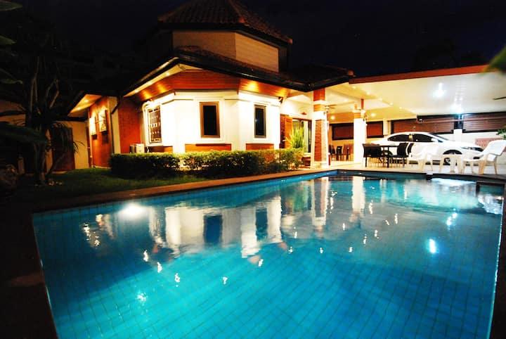 ️ Baandee Villa *Newly renovated!*
