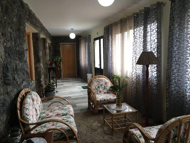 Casa do Bisavo - Red Suite