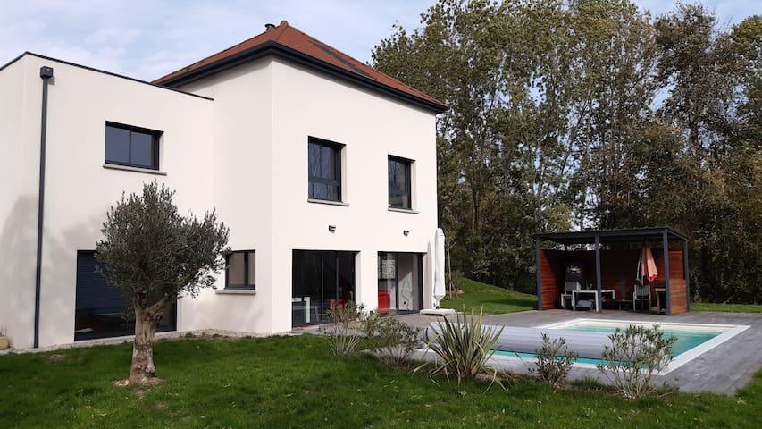 Villa au calme pour vacances idéales dans le Jura