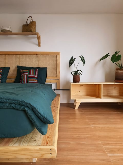 Mbaina Room | 1 kamar di SendjaPagi Homestay