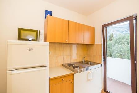 Apartments Pero / One Bedroom North - Orebic - Daire