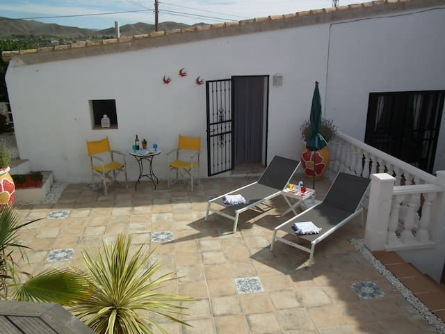 Casa Los Chicos-Studio, A tranquil space to relax