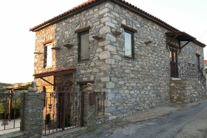 Traditional stone-house, fully renovated
