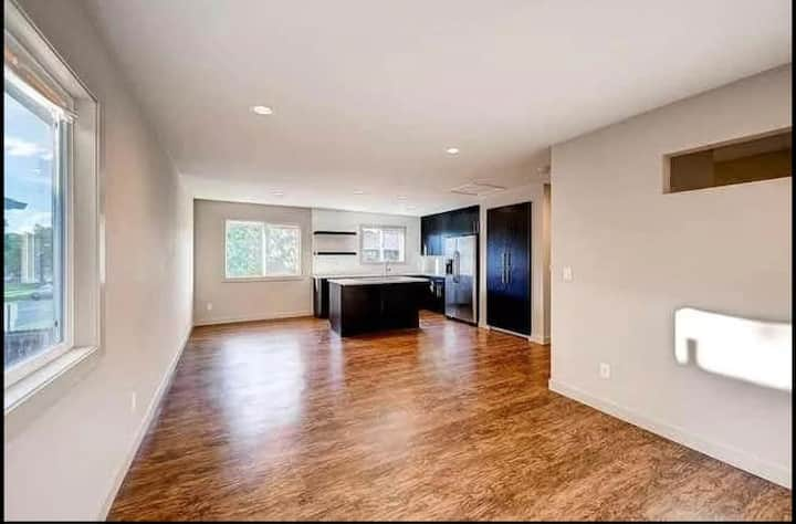 Boulder Sublease