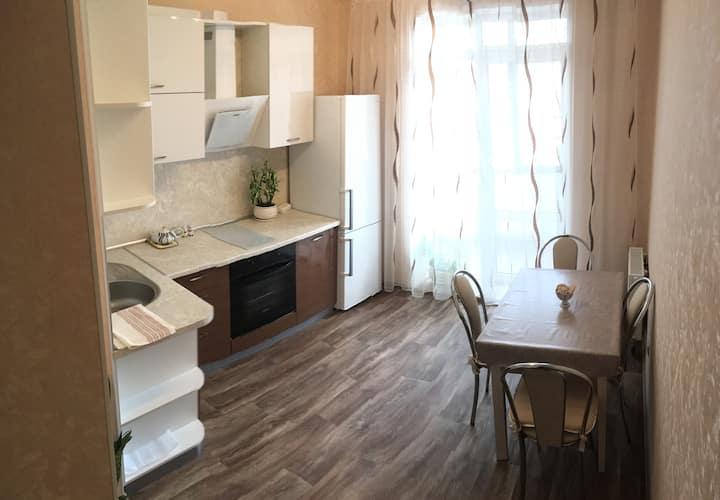 Cozy place!GreenEco Уютное место, зелёный район :)