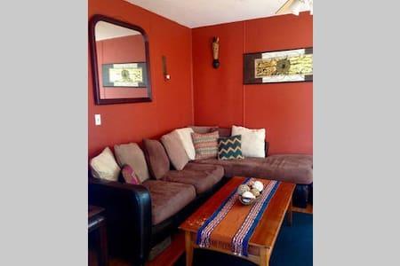 One Bedroom Apt in Black Rock - Bridgeport - Apartmen