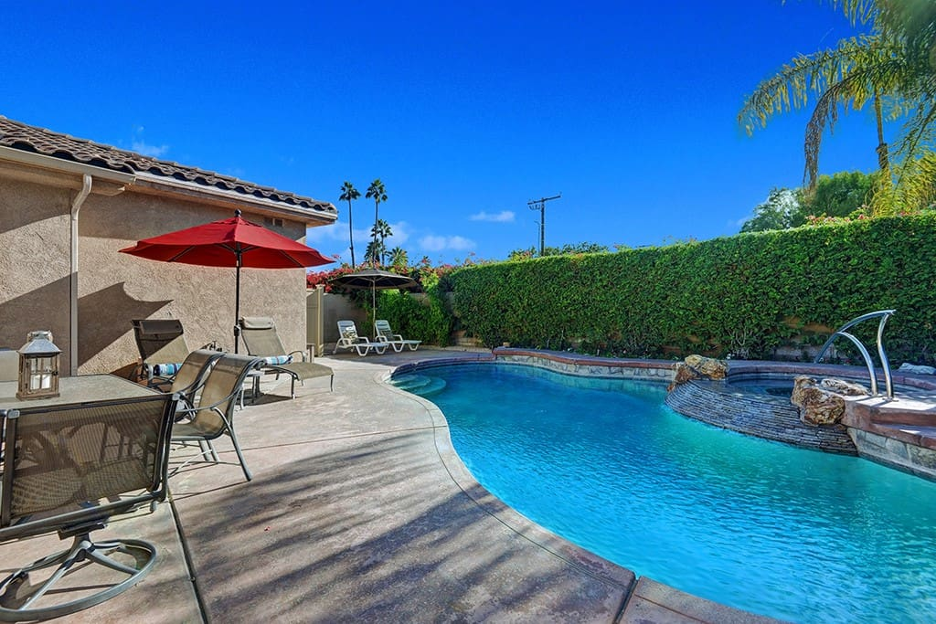 OVER POOL REVERSE - THE LURING HOUSE - PALM SPRINGS VACATION RENTAL POOL HOME