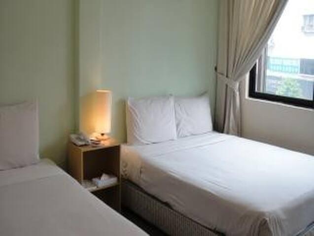 Kuala Lumpur Standard Room 2 pax