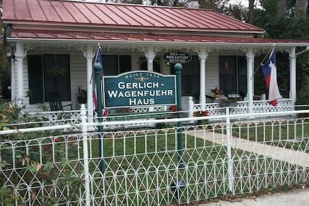 Gerlich Wagenfuehr Bed & Breakfast - New Braunfels - Bed & Breakfast