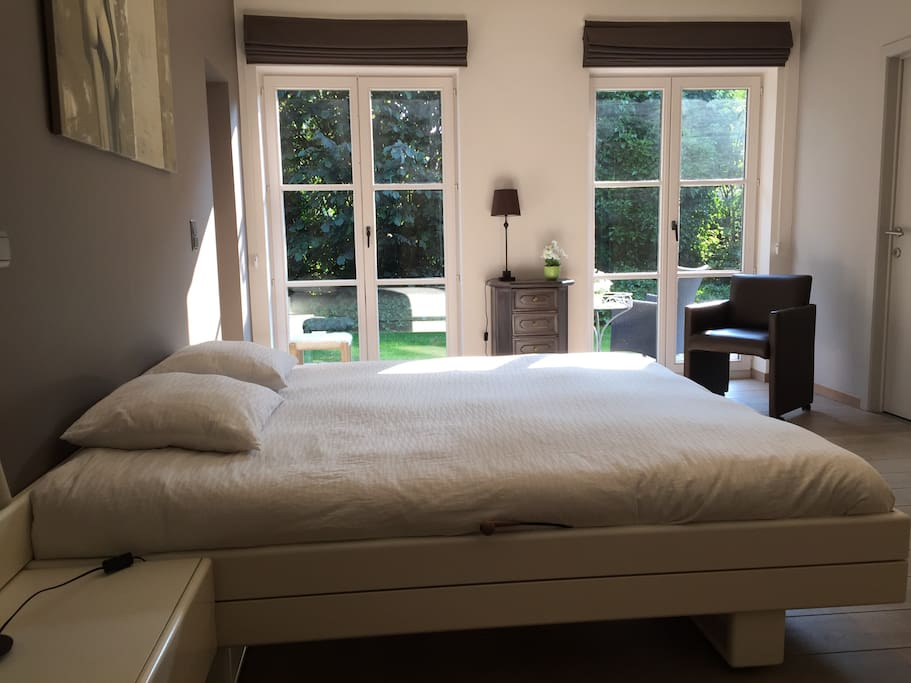 villa kokeliko chambre avec salle de bains priv villas 224 louer 224 kuurne vlaanderen belgique