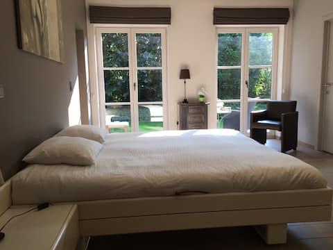 Villa Kokeliko - cosy ROOM with private bathroom