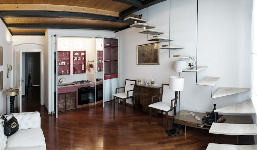 Cucina Tavolo A Scomparsa.Class Apartment In Florence Apartments For Rent In Florence