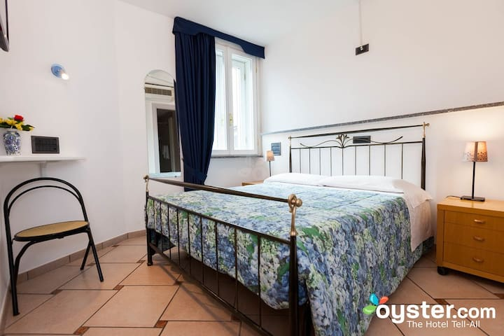 In riva al lago  matrimoniale/double room - Como - House