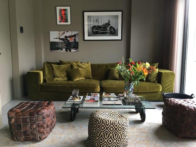 Luxurious loft | Huge Roof Terrace | Perfect Loc.