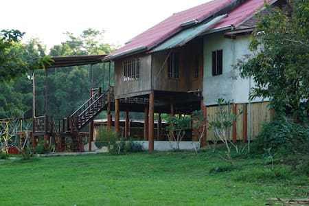 BaanRaiKhunYa l 2Bedrooms Cottage Hanging River