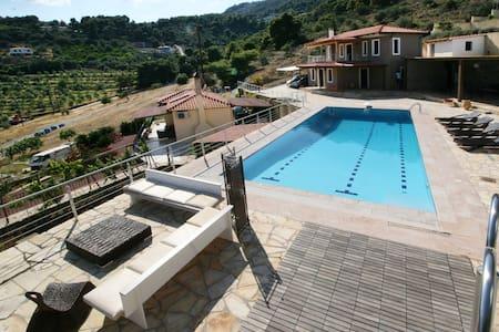 Epidavros Villa - Epidavros - Casa de campo