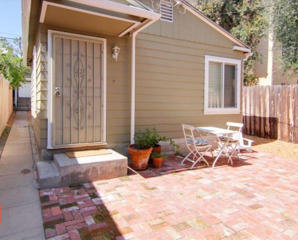 Newly Remodeled Casita in the Heart of North Park!
